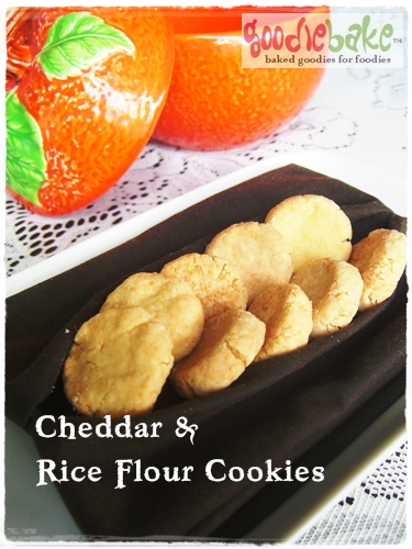 cheddar & rice flour cookies