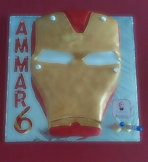 iron man cake by goodiebake