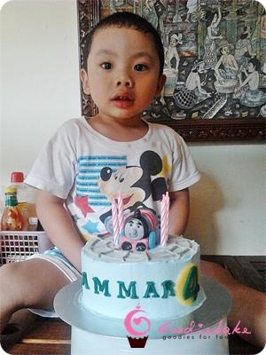 thomas_cake3